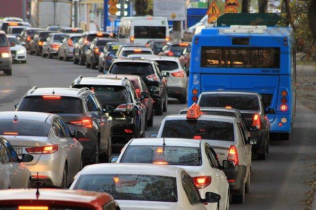 ドイツの森2021花火大会の渋滞や駐車場情報!外から見える穴場場所はある?