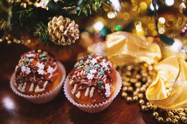 セブンのキンプリクリスマスケーキ2021予約なしで当日購入できる?店頭販売で半額になる?